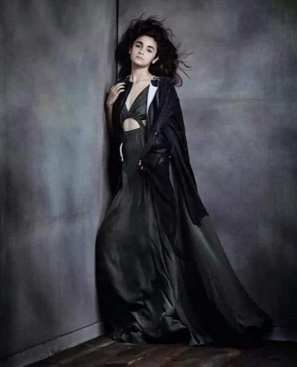 Alia Bhatt :- killer woman  #perfection  -twitter