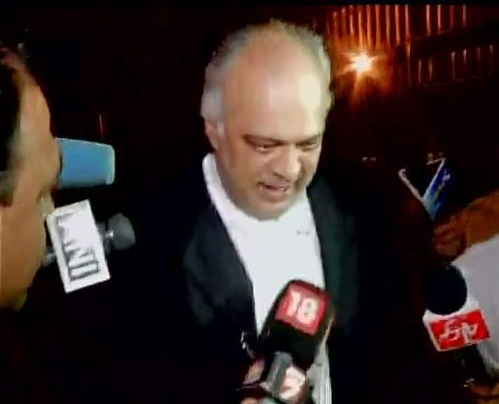 Mera client marne wala hai, mujhpe raham kijiye: Yug Mohit Chaudhary (lawyer) #YakubMemon -twitter@ANI_news