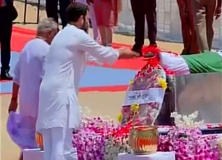 Rahul Gandhi at last rites ceremony of #DrKalam -twitter@ANI_news