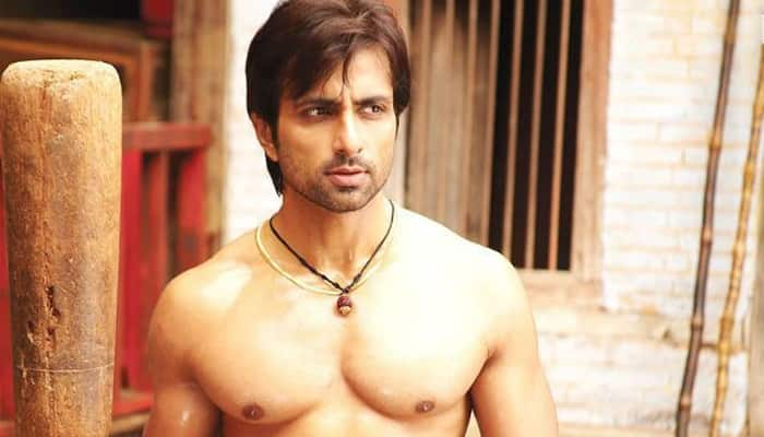 Bollywood wishes a very Happy Birthday to Sonu Sood!