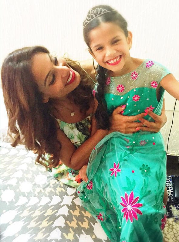 bipasha basu :- Frozen Fever Birthday Party for Nia -instagram