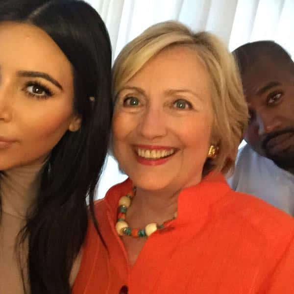 I got my selfie!!! I really loved hearing her speak & hearing her goals for our country! #HillaryForPresident - Twitter@KimKardashian