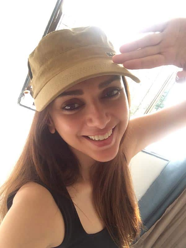 Thank you for every single day that you selflessly risk your life for our peace and happiness #SaluteSelfie  - Twitter@aditiraohydari
