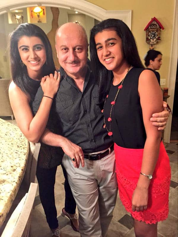My dearest family in Louisville. Shagun, Pradeep,Sharika & @ayeshacansingh . Thanks for making our stay memorable.:) Twitter@AnupamPkher
