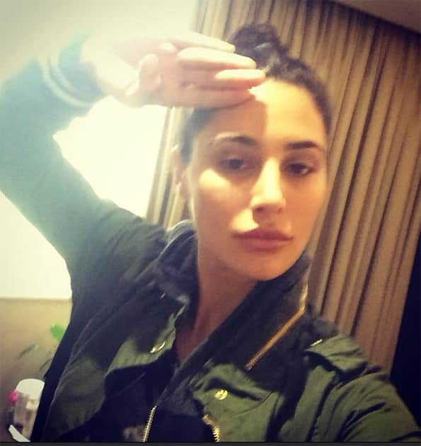 #SaluteSelfie Honoring the Brave & dedicated members of the Armed forces. #Respect #India #Serve&Protect  Twitter@NargisFakhri