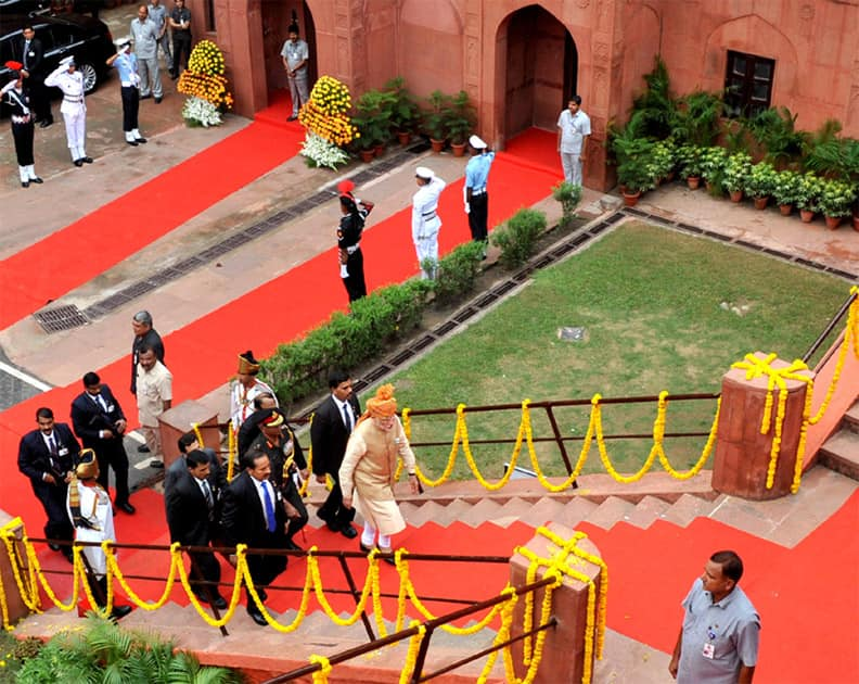 The Prime Minister, Shri Narendra Modi arrives at Red Fort, on the occasion of 69th Independence Day, in New Delhi. Pic Courtesy/PIB