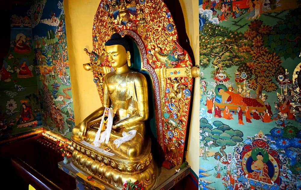 Buddha at the Norbulingka Monastery.