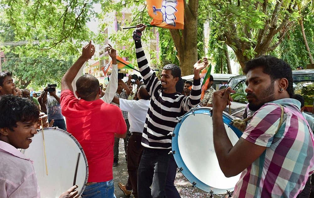 BJP workers celebrate the partys victory in BBMP (Bruhat Bengaluru Mahanagara Palike) elections in Bengaluru.