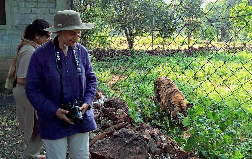 Waheeda Rehman visit Vanvihar National park.