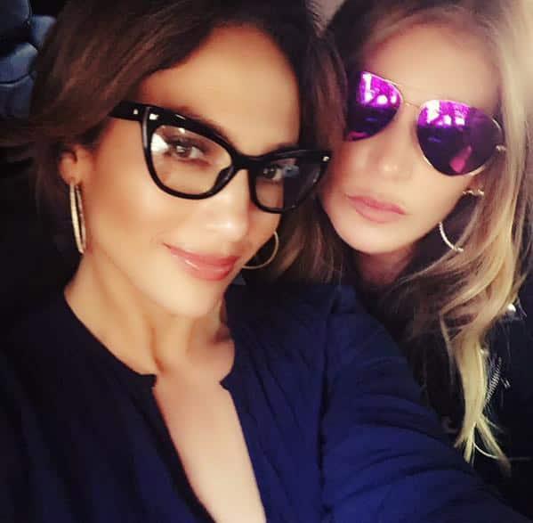 Jennifer Lopez :- Me and my girlie.. -twitter