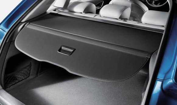 The cargo compartment of the new Audi Q3 has a capacity of 460 liters.