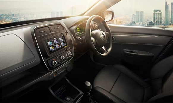 The dashboard houses the centrally-positioned multimedia system.