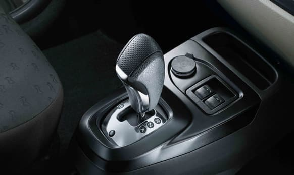 'Easy Shift' Automated Manual Transmission with 'Sports' mode.