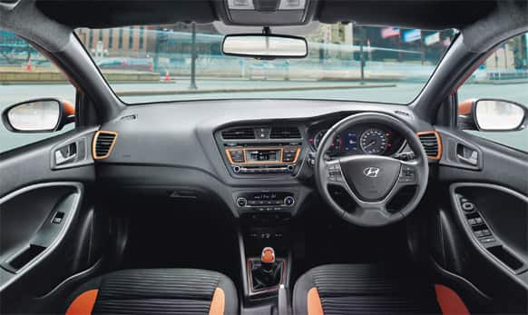 Multi function steering wheel. (Pic courtesy: http://www.hyundai.com/in)