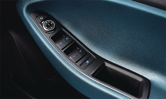 Impact sensing door unlock. (Pic courtesy: http://www.hyundai.com/in)