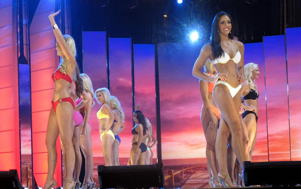 Contestants compete in the swimsuit portion of the 2016 Miss America pageant during the first night of preliminary competition at Boardwalk Hall in Atlantic City, N.J.