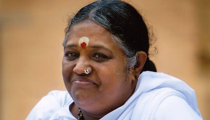 The Art of Giving: Mata Amritanandamayi donates Rs 100 crore for 'Namami Gange' project