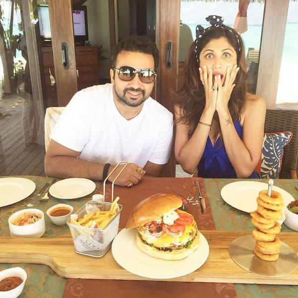 Maldives biggest Lobster burger. Instagram/officialshilpashetty