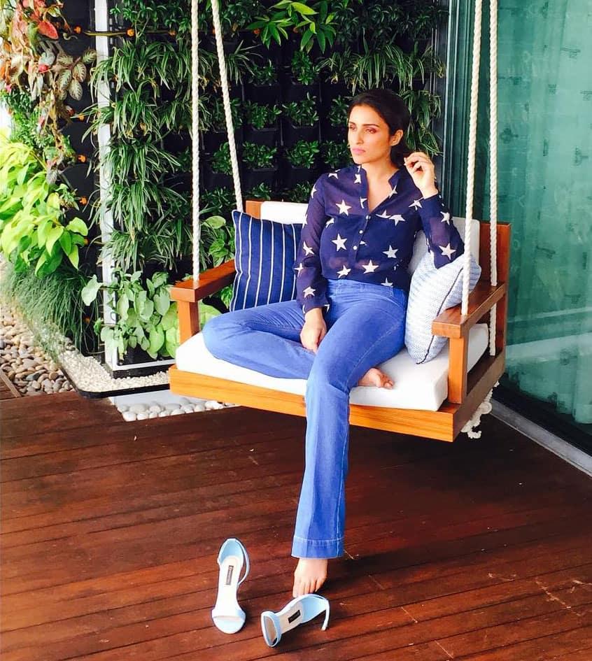 Parineeti Chopra:- Caught unaware today!! ;) #GuessWhatImThinking ;) -instagram