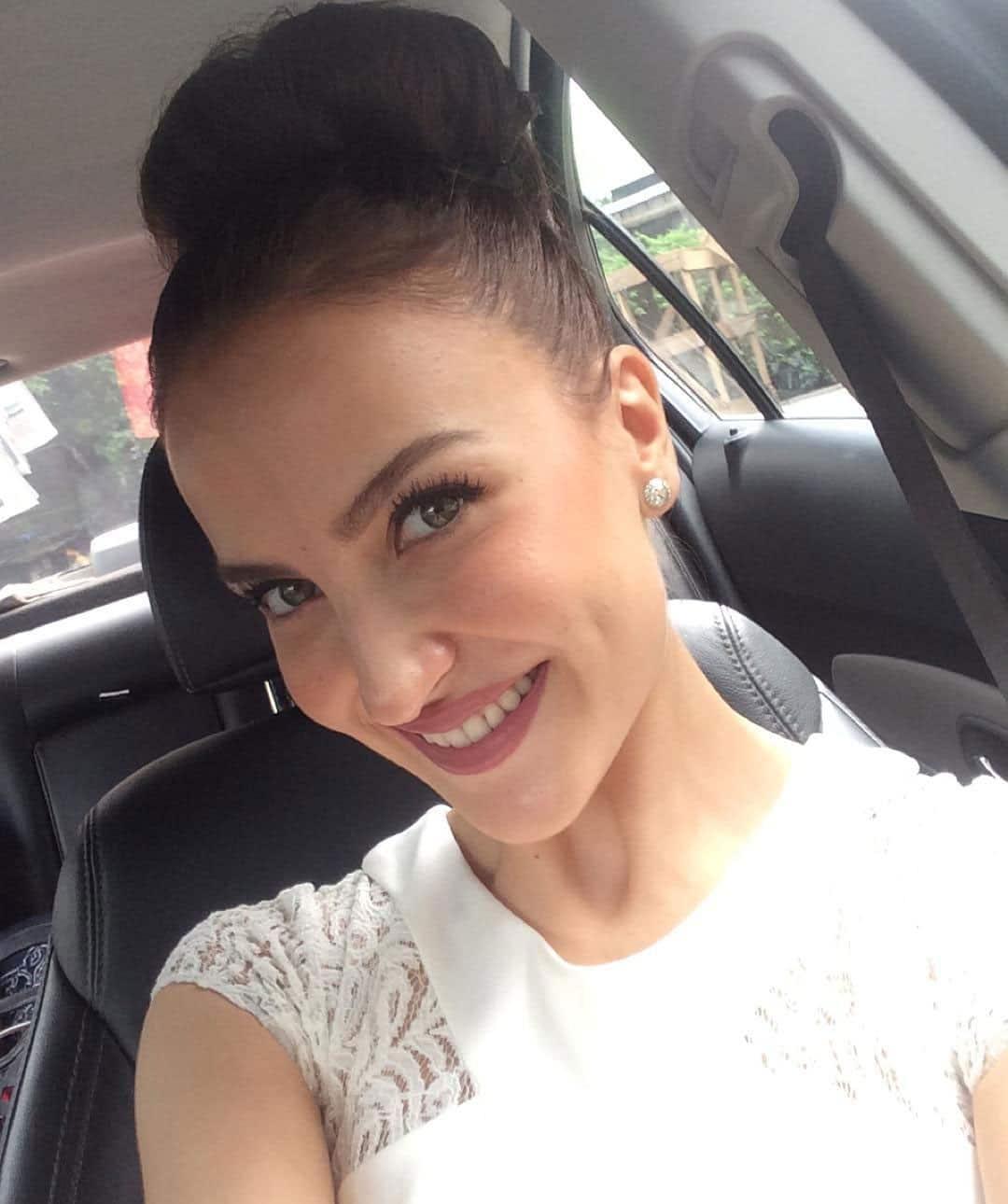 Elli Avram :- ATime for promotions #Kiskiskopyaarkaroon releasing this 25th of September!!!!! #woopwoop Hair by @zoya_shaikh9702 -instagram