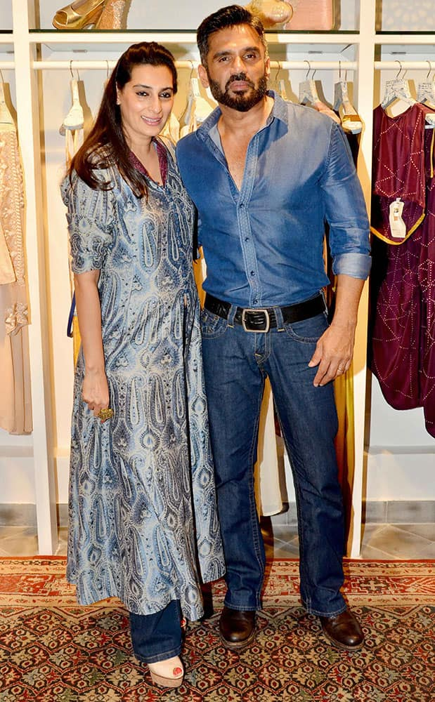 Mana and Suniel Shetty, during the launch of Kashish InFiore's flagship store in Mumbai. DNA