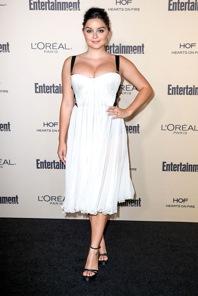 Ariel Winter arrives at the 2015 Entertainment Weekly Pre-Emmy Party at Fig & Olive, in Los Angeles.