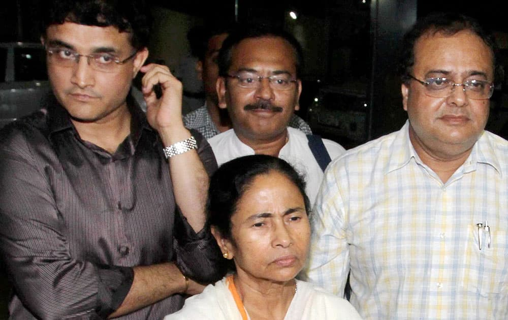 West Bengal Chief Minister Mamata Banerjee with former cricket captain Sourav Ganguly & other CAB officials in Kolkata.