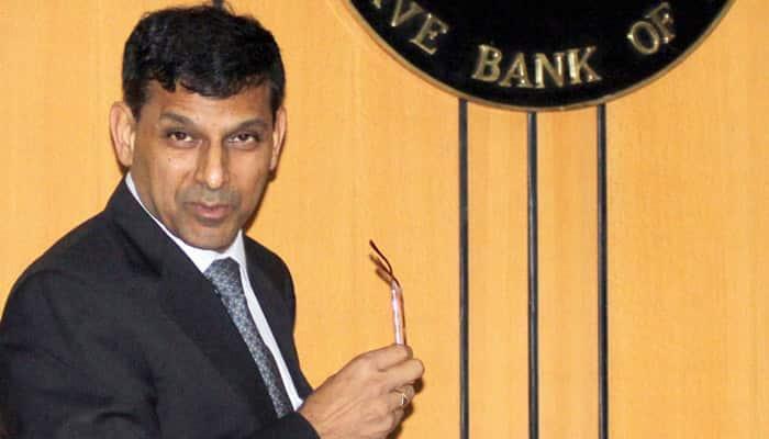 Sack RBI Governor Raghuram Rajan if bank rates are not decreased: Subramanian Swamy