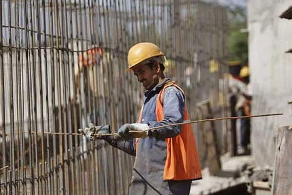 India's core sectors growth slows to 2.6% in August