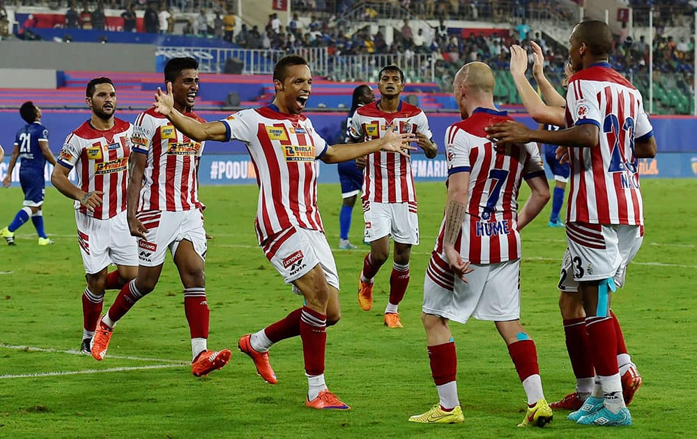 Players of Atletico de Kolkata celebrating after win the match against Chennaiyin FC during the ISL Match 2015 at Jawaharlal Nehru Stadium in Chennai.