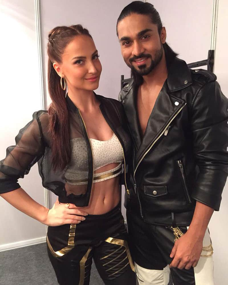 Elli Avram :- Was really nervous for tonight's performance! Thanks @SalmanYKhan for making me discover what more I can do :))  -twitter