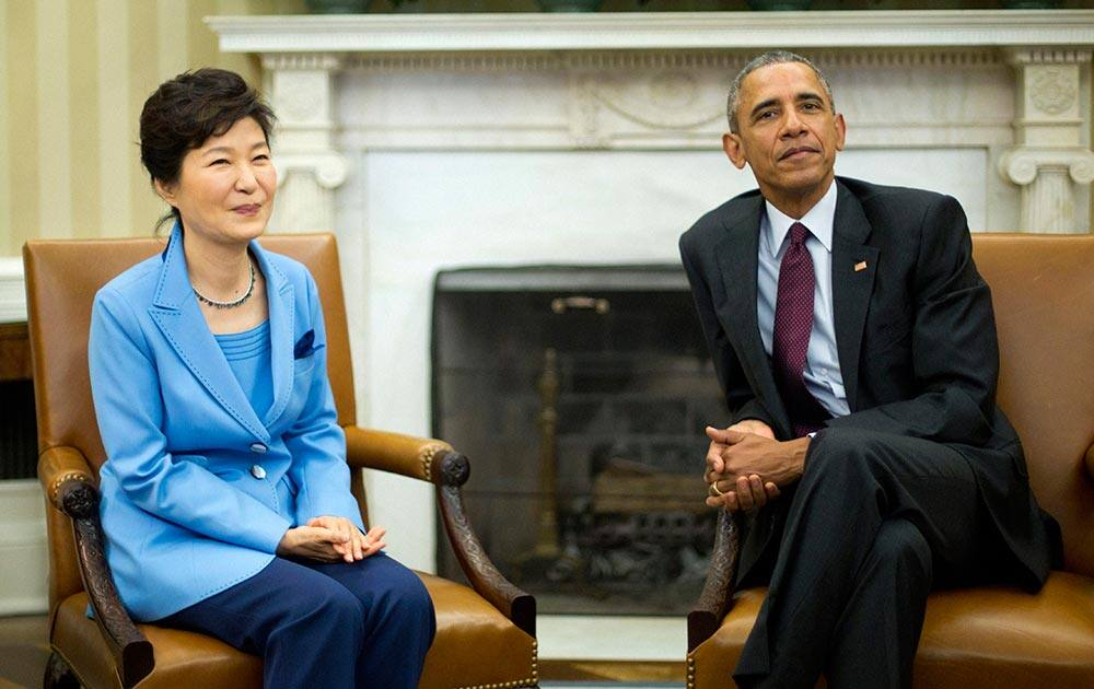 President Barack Obama meets with South Korean President Park Geun-hye.