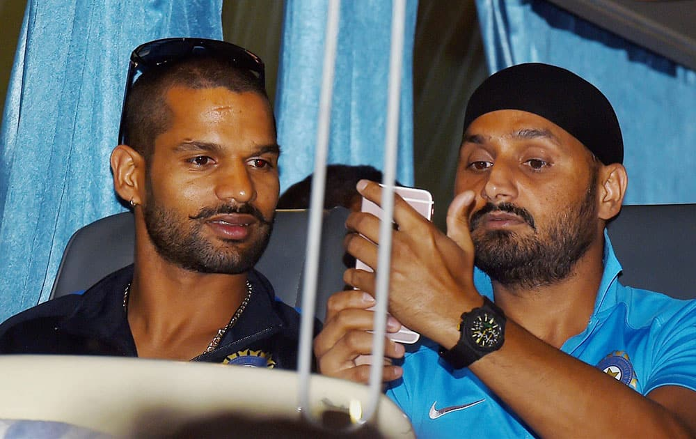 Shikhar Dhawan and Harbhajan Singh arrives at Chennai Airport ahead of 4th One-day match against South -Africa.