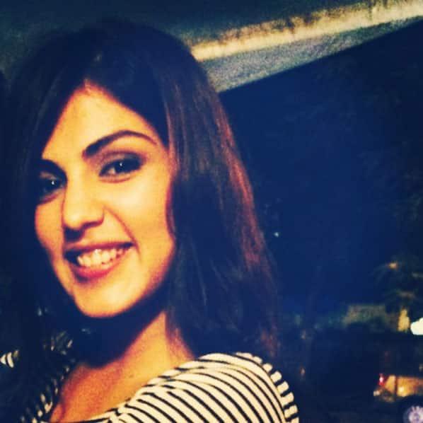 Twitter@rhea_chakraborty