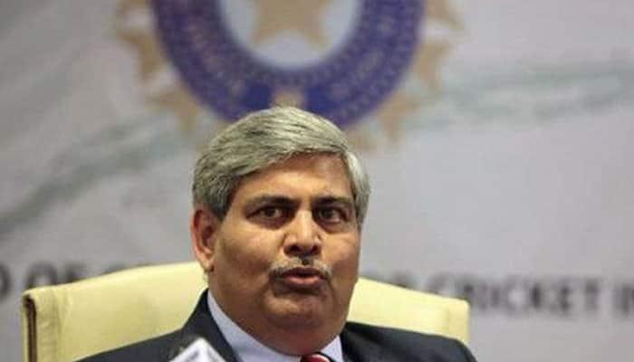 BCCI sacks N Srinivasan as ICC chairman, Shashank Manohar to take over