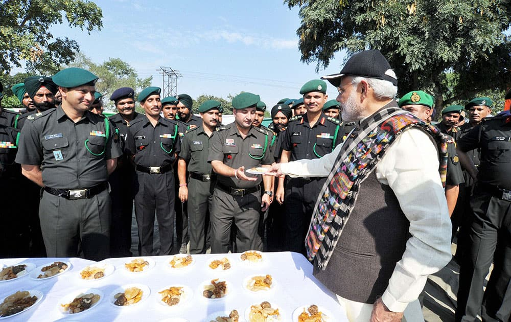 Prime Minister Narendra Modi with the jawans at the Barki memorial, Ferozepur.