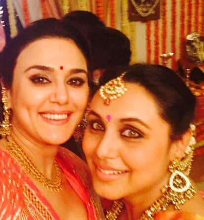 Never seen Rani look so beautiful & glow as much as she did on Diwali Night  #pregnantdoll #glow #friends ❤ Ting - Twitter@realpreityzinta