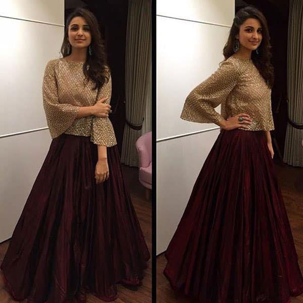 Chic & stylish! @ParineetiChopra  in @ManishMalhotra outfit from evening wear collection #festive  #embellished - Twitter@MMInsider01