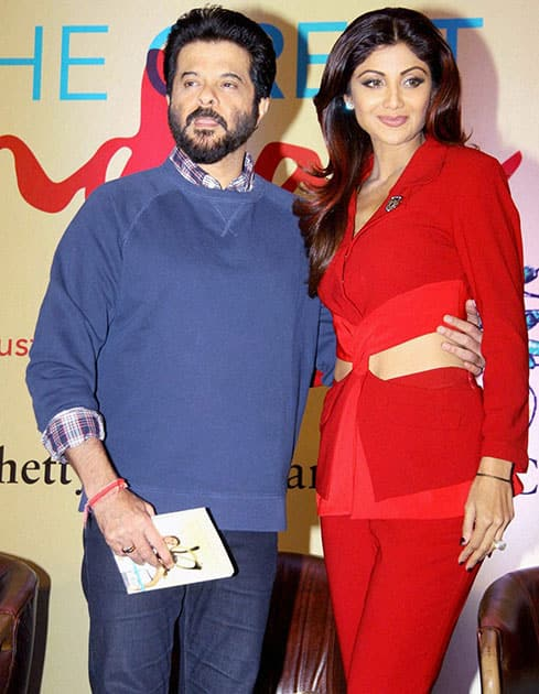 Bollywood actors Anil Kapoor and Shilpa Shetty at the launch of the latters book The Great Indian Diet in Mumbai.
