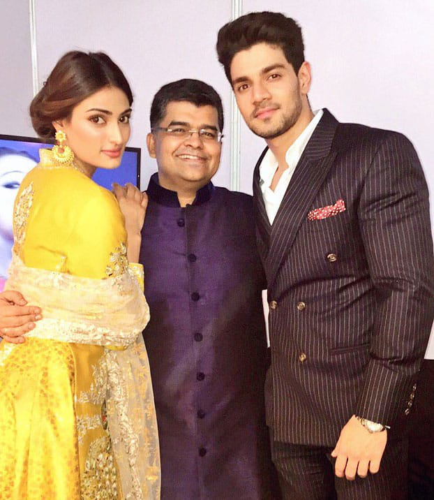 Sooraj Pancholi :- Had a great time tonight at the very first Marathi FILMFARE awards @filmfare @jiteshpillaai @theathiyashetty  -twitter