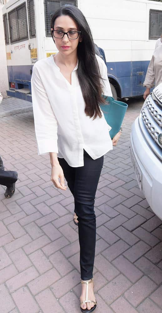Actress Karisma Kapoor arrive at Family court for her divorce case hearing in Mumbai.