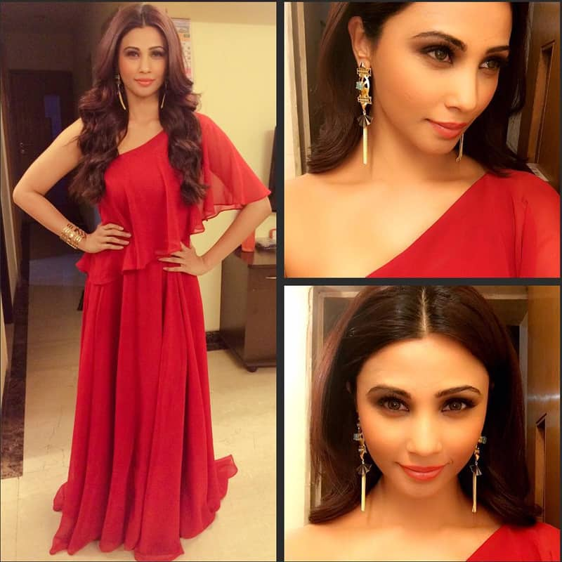 Daisy Shah :- About last night @zoomtv #turnonnightsparty Styled by @eshaamin Wearing swateesinghlabel &… -instagram