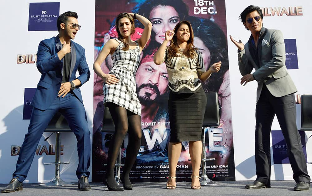 Bollywood actors Shahrukh Khan, Kajol, Kriti Sanon and Varun Dhawan at a promotional event of the upcoming film Dilwale in Gurgaon.