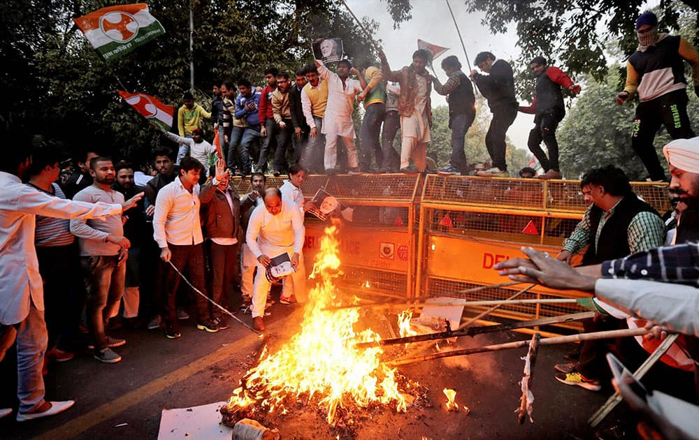 Members of Youth Congress protest against Prime Minister Narendra Modis visit to Pakistan, in New Delhi.