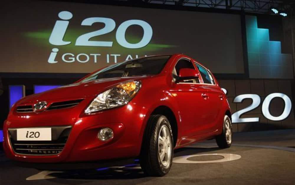 Hyundai's Elite i20 at No.6 with 10,074 units.