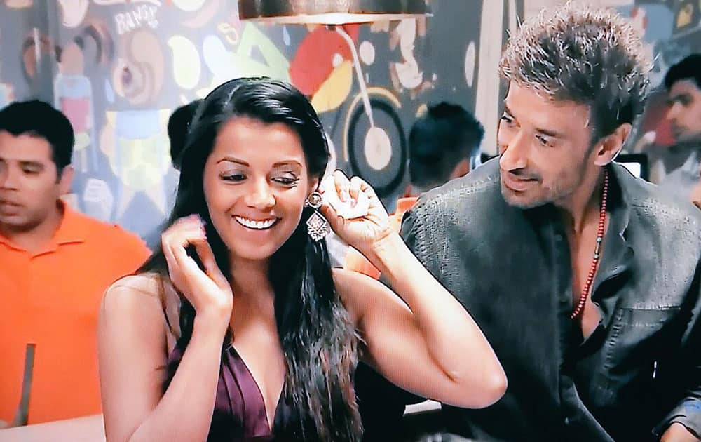 Mugdha Godse:- @SonyTV they're Matured. Hottest. Balanced Couple ❤ The Perfect Two! #PowerCouple -twitter