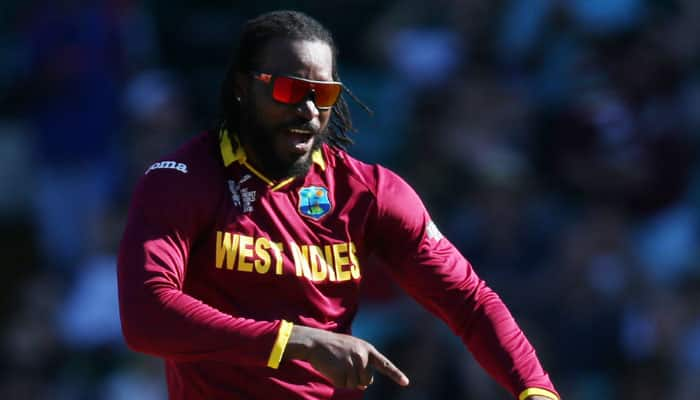Your eyes are nice, hopefully we can have a drink after match – Chris Gayle to reporter on Live TV