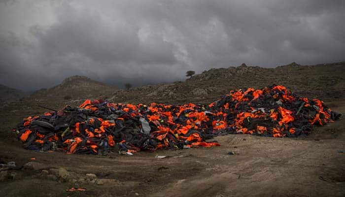 Turkey seizes 1,200 unsafe life jackets intended for refugees