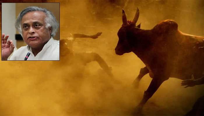 Modi govt allowed 'Jallikattu' to please few political leaders of South: Congress