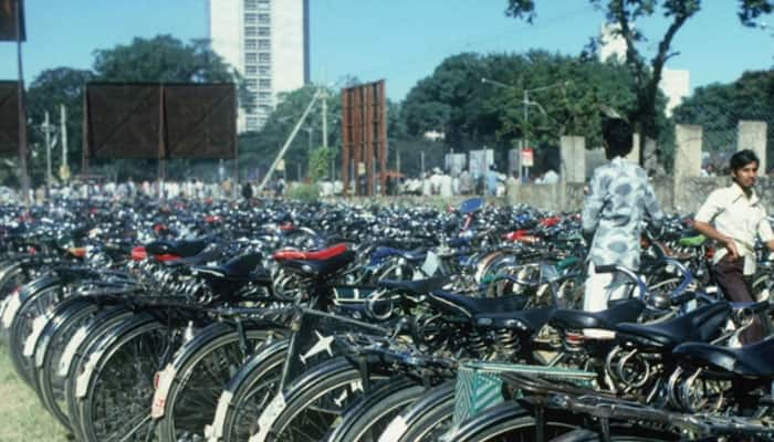 Delhi govt to give subsidy on cycles using odd-even challan amount